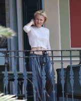 Gillian-Anderson-Braless-4-thefappeningblog.com_.jpg