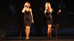 Peller Anna és Janza Kata - Chicago (Mein Herr) 08.jpg