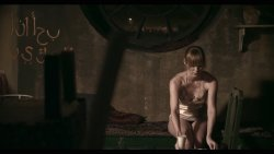 Kiss Diána Magdolna - Hátsó lépcső 02.jpg