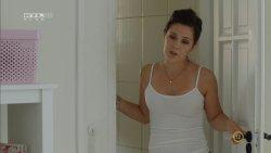 Lovas Rozi - A mi kis falunk S04E15 02.jpg