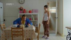 Lovas Rozi - A mi kis falunk S04E15 03.jpg