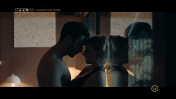 Borbély Alexandra - Mellékhatás S01E01 09.jpg