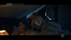 Borbély Alexandra - Mellékhatás S01E01 11.jpg