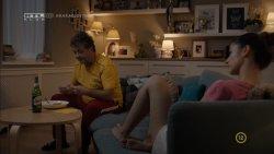 Schmidt Sára - Apatigris S01E01 02.jpg