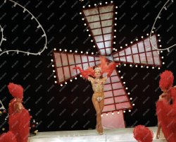 medveczky ilona-moulin rouge 1981.2.jpg