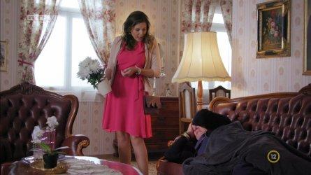 Balogh Anna - Keresztanyu S01E01 05.jpg