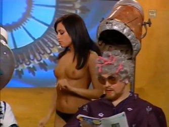 Ismeretlen topless - Mi kérünk elnézést E13-E14 03.jpg