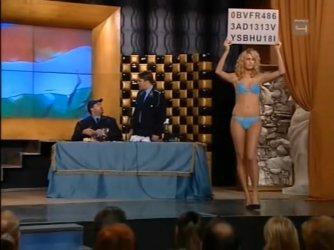 Ismeretlen topless - Mi kérünk elnézést E13-E14 07.jpg