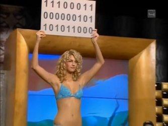 Ismeretlen topless - Mi kérünk elnézést E13-E14 11.jpg