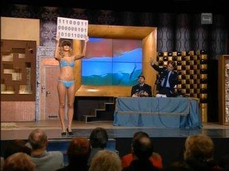 Ismeretlen topless - Mi kérünk elnézést E13-E14 12.jpg
