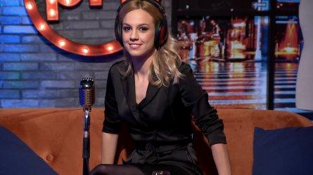 Mészáros Nóra - PestiTV 201209 04.jpg