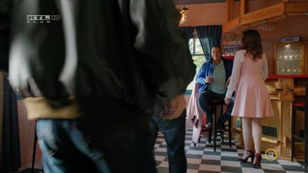 Balogh Anna - Keresztanyu S01E31 03.jpg