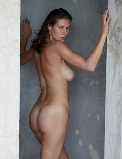 alejandra-guilmant_david-bellemere_nu-muses-1.jpg