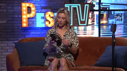 Petrovics Kinga - PestiTV 2105211 04.jpg