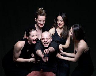 A három nővér - Maladype Színház 01.jpg