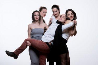 A három nővér - Maladype Színház 03.jpg