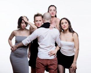 A három nővér - Maladype Színház 04.jpg