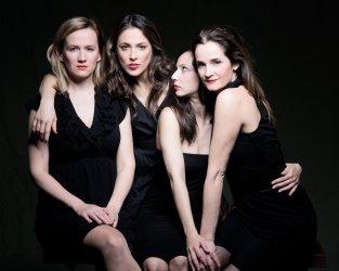 A három nővér - Maladype Színház 19.jpg